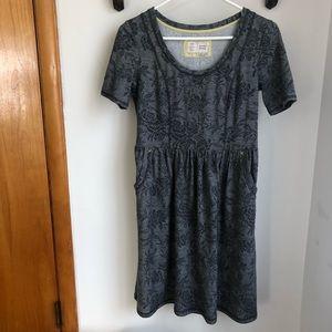 Anthropologie gray floral print t-shirt dress